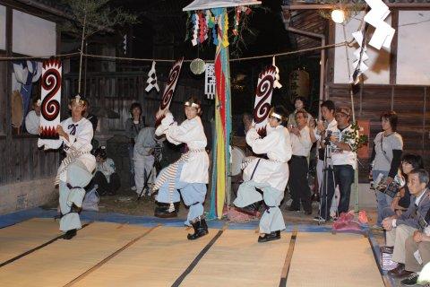 http://www.kyoto-kankou.or.jp/upfile/94/994.jpg